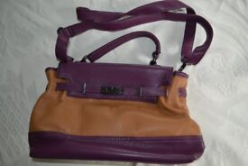 Toffee & Damson Coloured Faux Leather Hand Bag – as good as NEW!