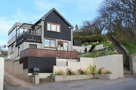3 Bedroom Detached House for lease - Stonehaven. Part furnished, private parking.