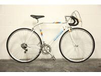 Vintage Mid 1980's Peugeot 12 Speed Road Bike (Size Large)