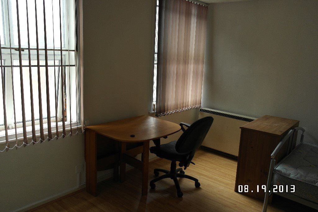 Manchester City Center Fully Furnished Studio Apartment In