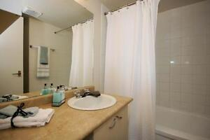 Perfect Western U Locale! FREE $250 Gift Card - Rent Today! London Ontario image 7