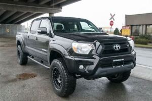 2015 Toyota Tacoma Low KM, 4x4, Clean Wont Last Long!