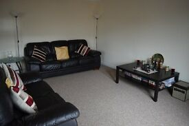 2 bedroom flat to rent in Glasgow west end