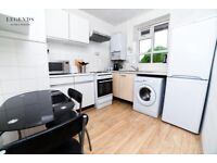SUPER SPACIOUS ROOM FOR ONE PERSON - ZONE 2 - WHITECHAPEL - ROOM AVAILABLE TODAY - CALL ME NOW