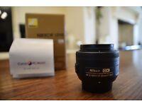 Nikon Nikkor 35mm f/1.8 L AF-S DX Lens with UV Filter