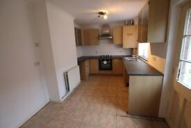 3 bedroom semi-detached house to rent Lancaster Road - NO FEES