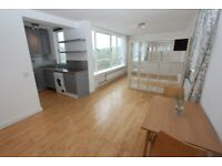 904AH-Newly Renovated STUDIO FLAT (9th Floor) with Gas WiFi & Communal Garden Included-Highgate, N6