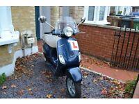 Piaggio Vespa LX 125 for sale - Excellent bike and condition