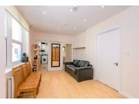3 Bedroom Warehouse Conversion to Let in Aldgate East E1