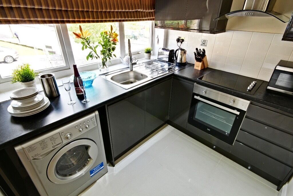 Robinson Davies Properties are proud to present this immaculate newly refurbished one bedroom flat