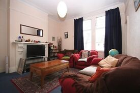 Reduced £1386pm£320pw CROUCH END STROUD GREEN LOVELY 2 bedroom first floor flat Off Crouch Hill
