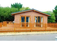 LUXURY LODGE STATIC CARAVAN FOR SALE HOLIDAY HOME SHOREFIELD MILFORD ON SEA HAMPSHIRE SOUTH COAST