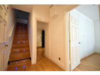 LARGE 3 BEDROOM DUPLEX FLAT IN CENTRAL MARYLEBONE, ON NOTTINGHAM ST- MOMENTS FROM SHOPS, TRANSPORT