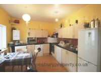 2 Bedroom Flat in NW6 - Private Patio Area - Furnished - Near West Hampstead Stations -Available Now