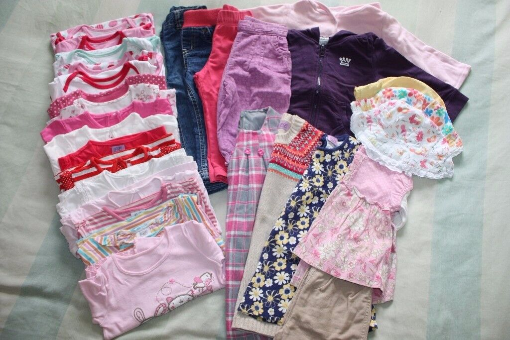Bundle of clothes for a girl 1-1.5 years