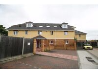*NEWLY REFURBISHED 2 BEDROOM APARTMENT WITH 2 BATHROOMS AVAILABLE IN RAINHAM RM13! AVAILABLE NOW!