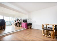 over 2000sqft - 3 bedroom to rent on Triangle Road E8 3RP