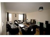 Carnarvon Road, E15 - **£670 INCLUSIVE OF ALL BILLS** spacious double room within a 2 bedroom flat