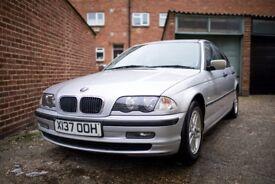 BMW 318I SILVER LOW MILEAGE