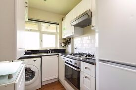 Lincoln Close SE25 - Great value two double bedroom first floor flat available to rent in Woodside