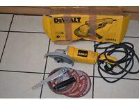 DEWALT DW840 7 Inch Medium Angle Grinder