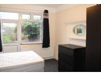 ALL BILLS INC Double Room, Kings Road, London NW10 2BP