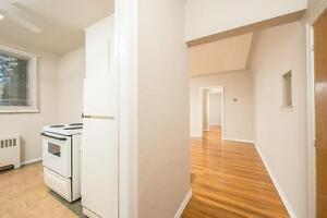 *FEB FREE* 2 Bd w/ Hardwood in Central Adult Character Bldg~40