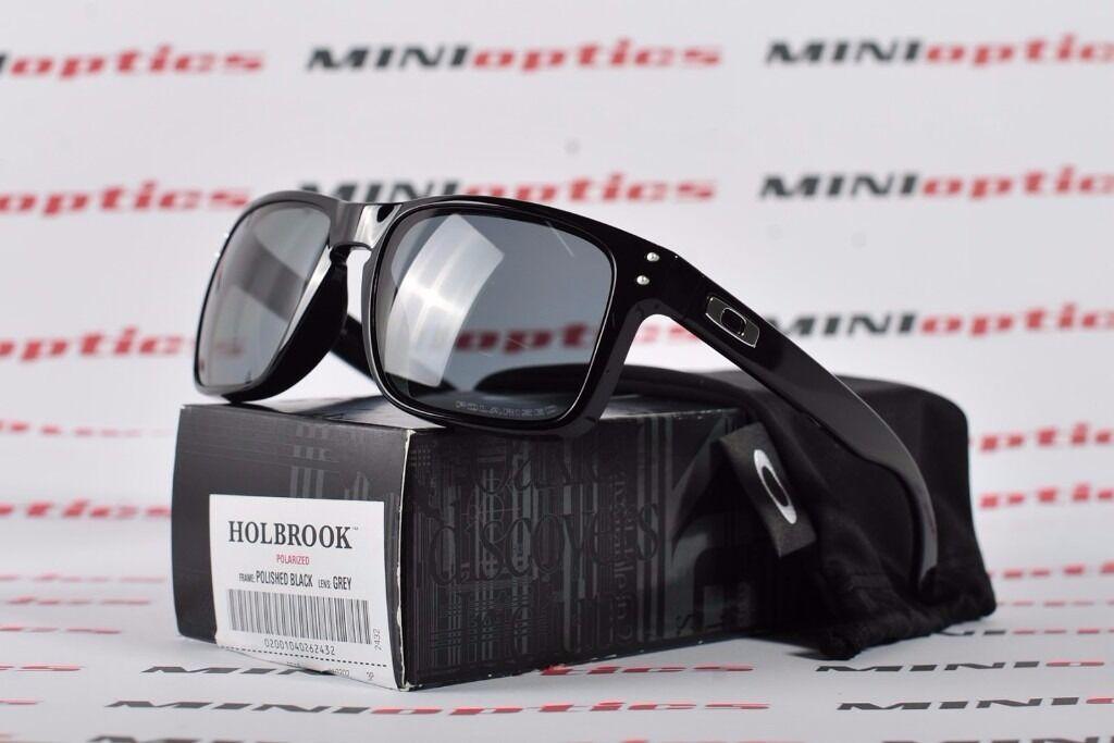 15e4382fbd Oakley Holbrook Glasses - Polished Black Grey Polarized