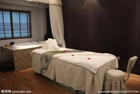 4 HANDS Special massage Service in east ham E6