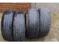 Four Tyres 215/60R16