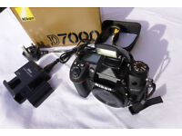 Nikon D7000 16.2 MP - Body Only - less than 4000 shutter count