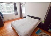 Lovely 3 DOUBLE Bed Apartment w/ Garage Near EAST FINCHLEY TUBE (Northern Line)!