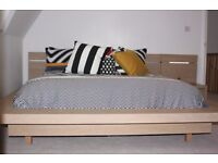Contemporary Bedroom Set - Oak King Bed, bedside cabinets, chest, mirror