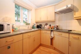 Large 2 Bed Retirement Flat (Over 55s)