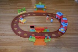 ELC/Early Learning Centre Happyland Train Set With Original Box And Instructions