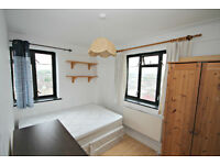 VERY LARGE 3 BEDROOM FLAT!! CAN'T GET BETTER THAN THAT!! CALL NOW PATRICIA ON 02084594555