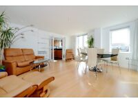 A three bedroom penthouse apartment to rent in Kingston. P148271