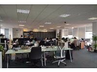 DESK SPACE FOR RENT IN PRESTIGIOUS GLASGOW OFFICE – WITH PANORAMIC VIEWS AND FLEXIBLE TERMS