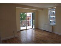 Stunning one bedroom flat opposite Burgess Park.