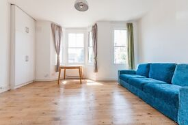 Bright 1 bed flat on the first floor of a Victorian terraced house on Fenwick Road - East Dulwich.