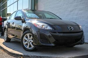 2011 Mazda MAZDA3 GS    Mags + Bluetooth !!