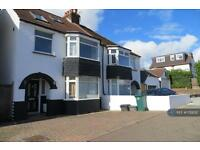 4 bedroom house in Links Road, Brighton, BN41 (4 bed)