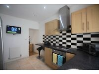 6 bed house, bills included luxury rooms, centre of Fallowfield, close to Owens Park wilmslow rd