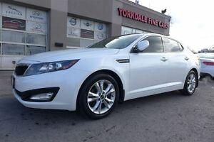 2011 Kia Optima EX+. Panoramic Roof. Leather. Camera