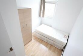 AWESOME ROOM IN 63 Globe Road, STEPNEY