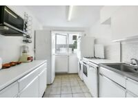 Brick Lane and Shoreditch Close By to this Large and Spacious Apartment