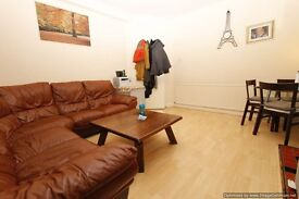 Spacious 2 bedroom ground floor flat in Morden