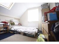 2 BEDROOM FLAT TO RENT IN DALSTON CALL NOW TO ARRANGE A VIEIWNG ON ***07432771372***