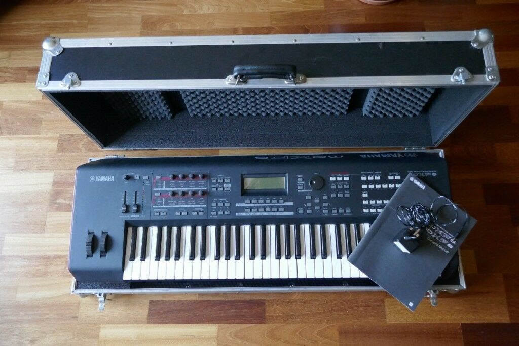 Yamaha Moxf6, with 1gig Ram expansion and flightcase | in Nazeing, Essex |  Gumtree