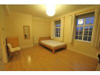 SPACIOUS 4 BEDROOM FLAT MINUTES FROM THE TUBE - DINE IN KITCHEN